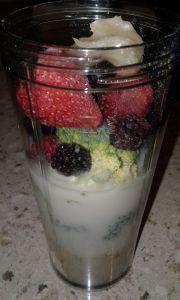 Berry Brocolli Smoothie